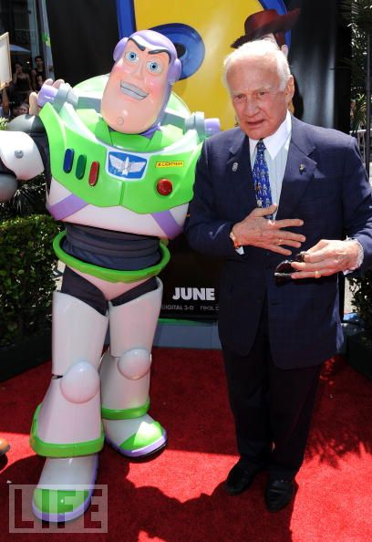 Buzz Lightyear, Meet Buzz Aldrin